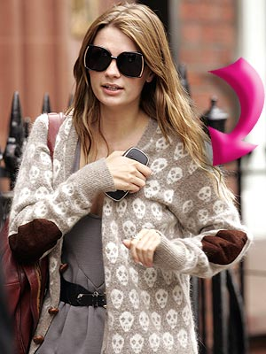 MISCHA&#39;S CARDIGAN photo | Mischa Barton