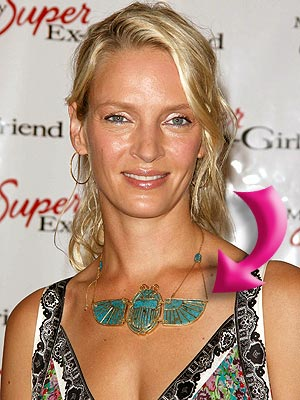 UMA&#39;S NECKLACE photo | Uma Thurman