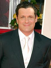 Mizrahi Booked for Oscars, Despite Groping | Isaac Mizrahi
