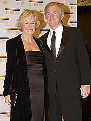 Glenn Close Marries on Maine Retreat
