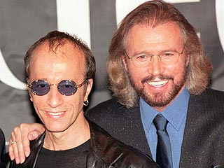 Surviving Bee Gees Reunite for Charity