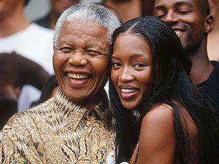 Naomi Campbell Visits Nelson Mandela | Naomi Campbell, Nelson Mandela
