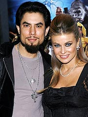 Carmen Electra and Dave Navarro Split