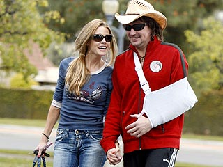 Denise Richards & Richie Sambora Hook Up