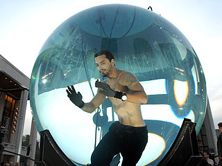 David Blaine Fails to Set World Record