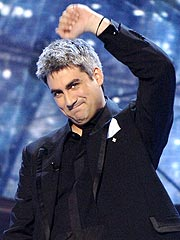 Taylor Hicks Inks Record Deal | Taylor Hicks