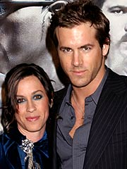 Alanis Morissette  Ryan Reynolds on Ryan Reynolds And Alanis Morissette Have Called It Quits     And This