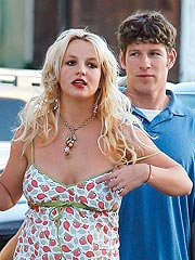 Britney's Bodyguard Watching Over Jude| Britney Spears, Jude Law