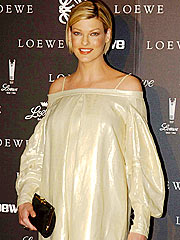 EXCLUSIVE: Linda Evangelista Has a Boy