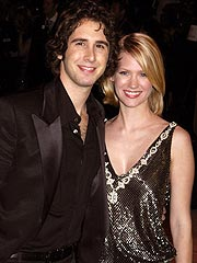 Josh Groban, January Jones Take a Breather