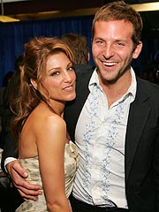 Bradley Cooper and Jennifer Esposito Marry