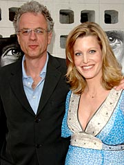 Deadwood's Anna Gunn Has a Girl