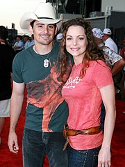 Brad Paisley Gets Baby News from Son | Brad Paisley, Kimberly Williams-Paisley