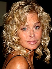Farrah Fawcett Is Battling Cancer