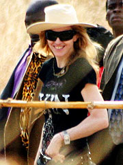 Madonna Leaves Malawi with the Kids| Madonna