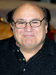 Danny DeVito & Rhea Perlman&#39;s Family-Style Lunch