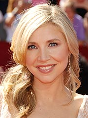 Scrubs Star Sarah Chalke Engaged