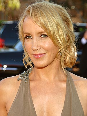 FELICITY HUFFMAN: BEST  photo | Felicity Huffman