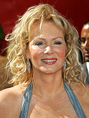 Emmys '06 Best & Worst Hair - JEAN SMART: WORST - Jean Smart : People.