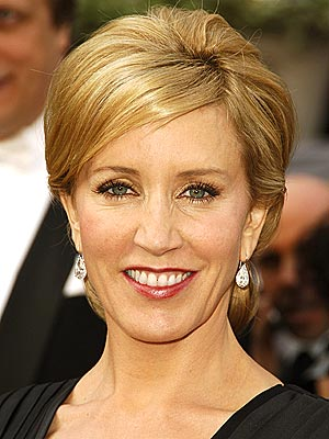 Felicity Huffman blonde short haircut styles