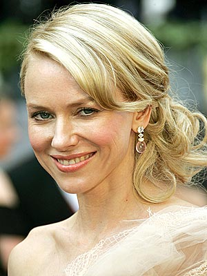 Celebrity hairstyles Naomi Watts 2