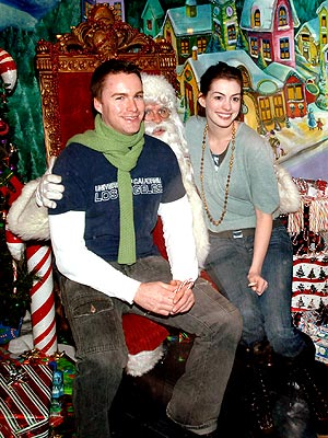 HO, HO, SOHO photo | Anne Hathaway