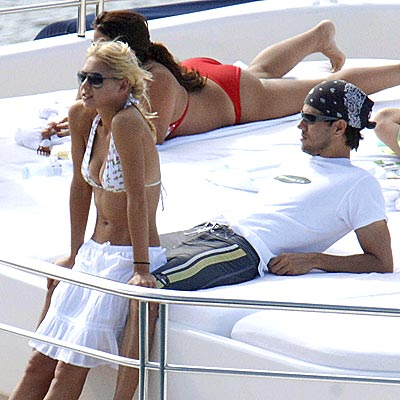 DECKED OUT  photo | Anna Kournikova, Enrique Iglesias