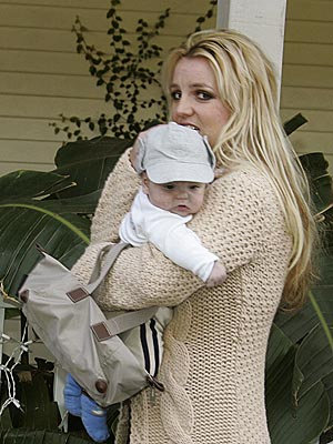 HER LITTLE MAN photo | Britney Spears