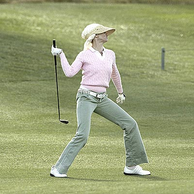TEED OFF photo | Cameron Diaz
