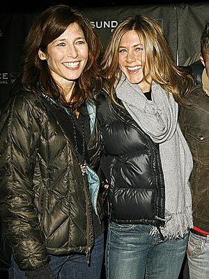 SO 'MONEY' photo | Catherine Keener, Jennifer Aniston