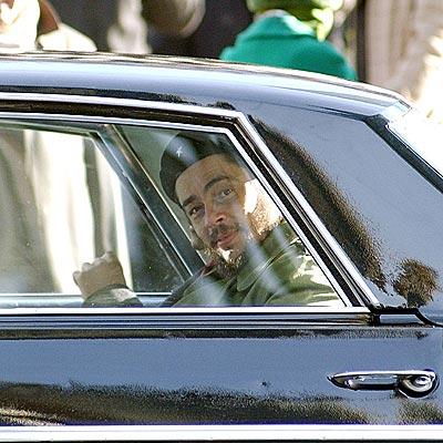 REVOLUTIONARY CONCEPT photo | Benicio Del Toro