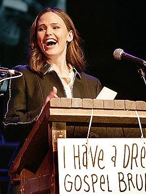 'DREAM' GIG photo | Jennifer Garner