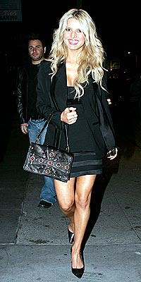NEW ATTITUDE photo | Jessica Simpson