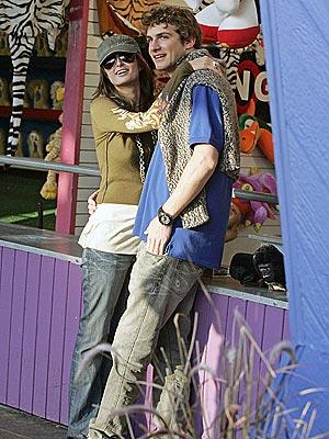 CARNIVAL COUPLE photo | Paris Hilton, Stavros Niarchos