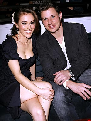 FEARLESS FRIENDS photo | Alyssa Milano, Nick Lachey
