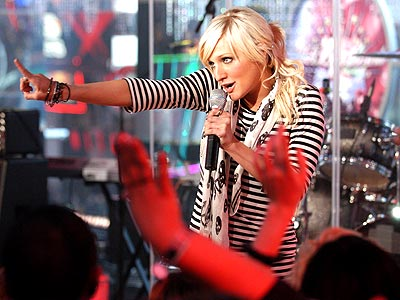 HIGH POINT  photo | Ashlee Simpson