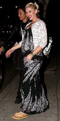 SHE'S GOT THE GLOW photo | Gwen Stefani