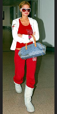 FREQUENT FLIER photo | Paris Hilton