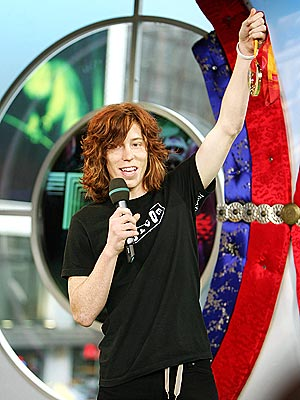 GOLDEN BOY photo | Shaun White