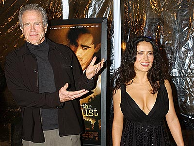 MR. BEATTY PRESENTS ... photo | Salma Hayek, Warren Beatty