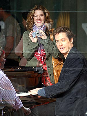 PIANO MAN photo | Drew Barrymore, Hugh Grant
