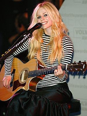 STAR IN STRIPES photo   Avril Lavigne