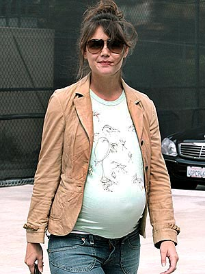 SPECIAL DELIVERY photo | Katie Holmes