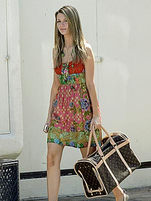 DOGGY BAG photo | Mischa Barton