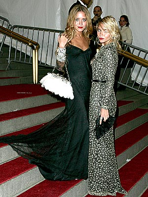 DOUBLE THE STYLE photo | Ashley Olsen, Mary-Kate Olsen