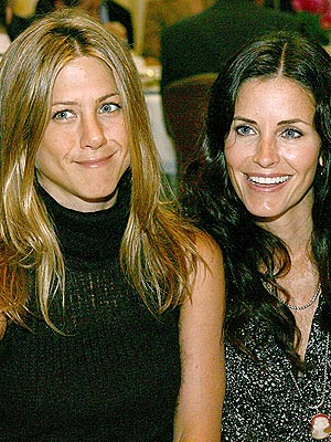 MAIN SQUEEZE photo | Courteney Cox, Jennifer Aniston