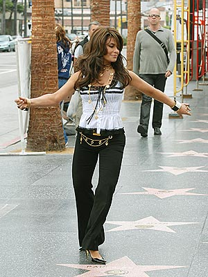 STAR STEPPING photo | Paula Abdul