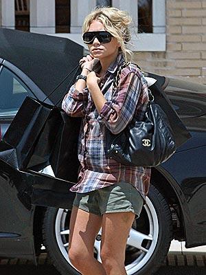 IN THE BAG photo | Ashley Olsen