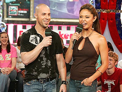BRIGHT FUTURE photo | Chris Daughtry, Vanessa Minnillo
