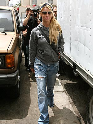 CASUAL THURSDAY photo | Jessica Simpson